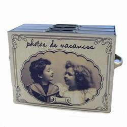 Billede af Metal box med pige