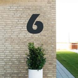 Image of   Sort husnummer 6 - 40 cm
