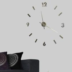 Billede af Vægur med visere i sølv - løse tal og streger