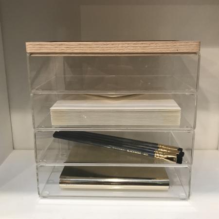 Akryl bokse med træ låg