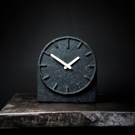 Felt two - ur i filt hvide visere