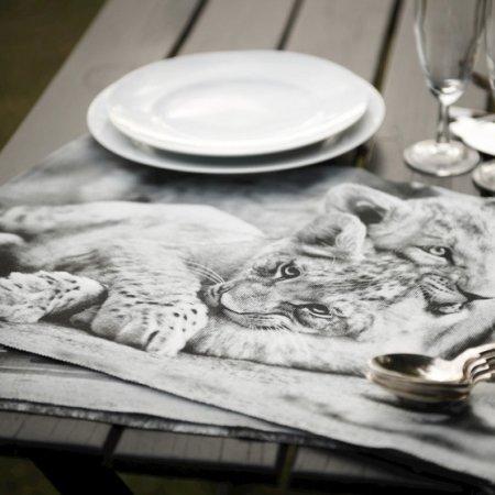 Dækkeserviet med løver
