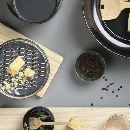Peili skål med rivejern - sort