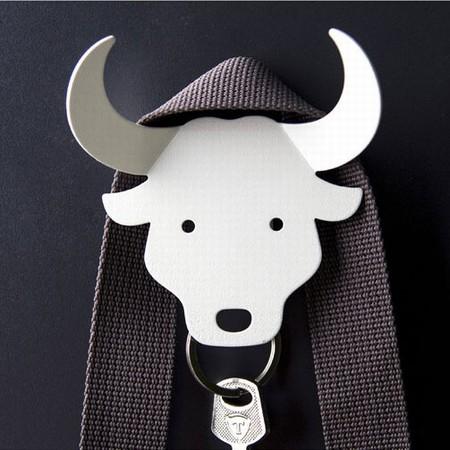 Qualy nøgleholder - hvid bull