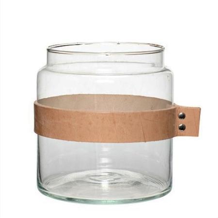 Vase i glas med læderrem