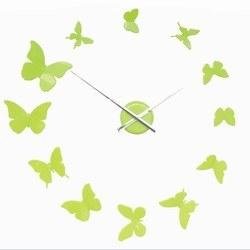 Image of   DIY vægur med sommerfugle - lime