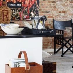 Champagnekøler - glas og læder fra cofur colonial furniture fra fenomen