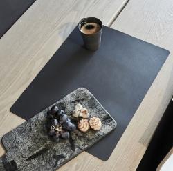 Image of   Dækkeserviet sort læder - 35x45 cm