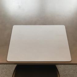Image of   Dækkeserviet recycle læder - lys grå