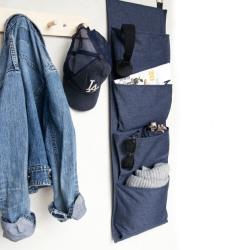 Hang up opbevaring i blå fra bigso box fra fenomen