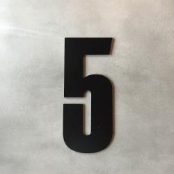 Husnummer 5 sort - 20 cm fra zone fra fenomen