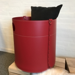 Brændekurv læder giro - rød fra firestyle fra fenomen