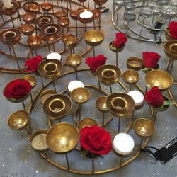 gift company – Medusa gold lysestage - small på fenomen