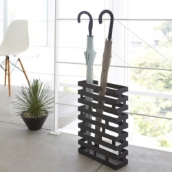 Paraplyholder brick - sort fra yamazaki fra fenomen