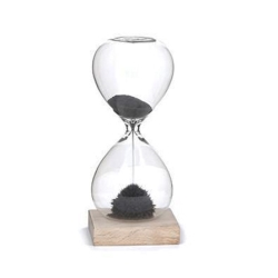 Timeglas med magnetisk sand fra kikkerland fra fenomen