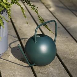 hübsch – Vandkande i grøn metal fra fenomen