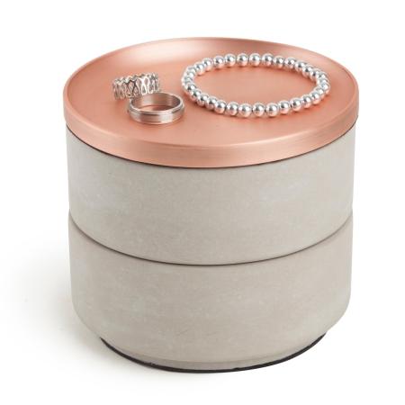Tesora Box i beton og kobber
