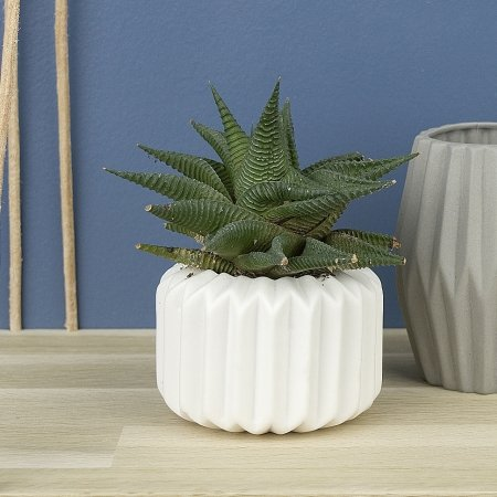 Riffle vase i hvid