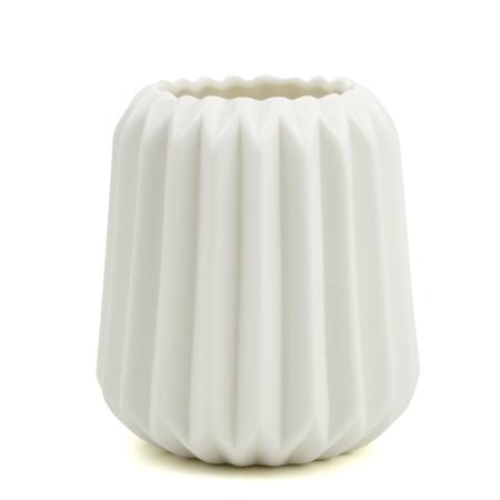 Høj riflet vase i hvid
